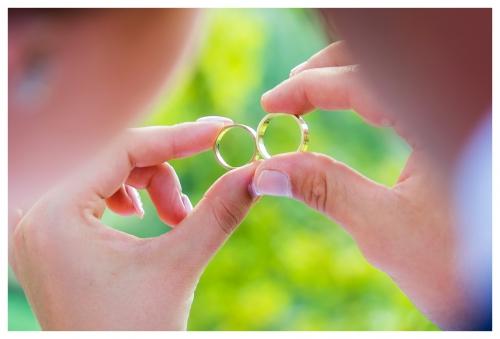 Plener - Zdjęcia ślubne - obrączki ślubne