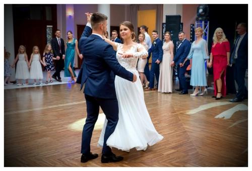 Wesele - pierwszy taniec - Foto-Video Emes